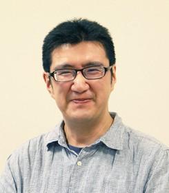 小竹さんの顔写真